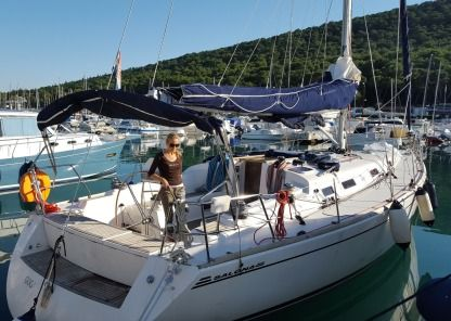 Rental Sailboat Highfield Salona 45 Kaštel Gomilica