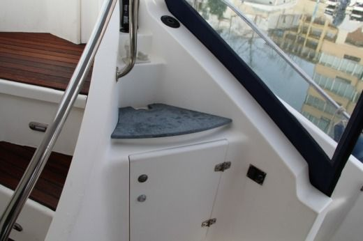 Foutaine Pajot Greenland 34 in Roses, Girona peer-to-peer