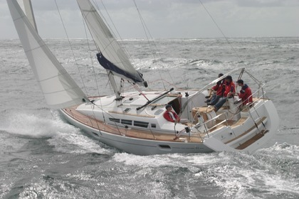 Hire Sailboat JEANNEAU SUN ODYSSEY 42I Furnari