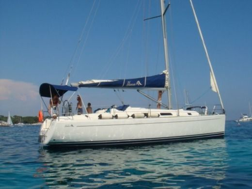 Sailboat Hanse 370 for hire