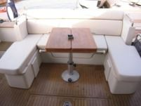 Motorboat Azimut 43S for hire