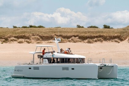 Charter Catamaran LAGOON Lagoon 40 Power Catamaran with watermaker Noumea