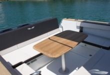 Rental Motorboat Beneteau Flyer 8.8 Spacedeck Trogir