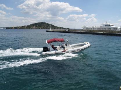 Rental RIB Tiger Marine 650 Top Line Preko