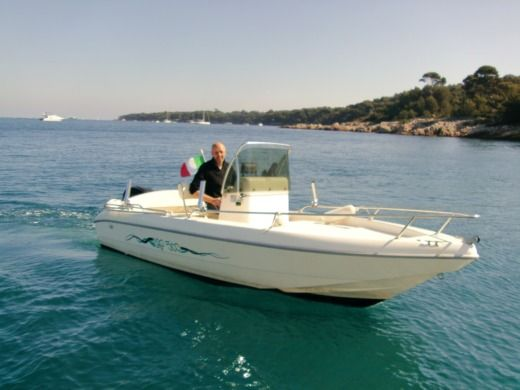 Motorboat Capelli Cap 500 - Port Gallice for hire