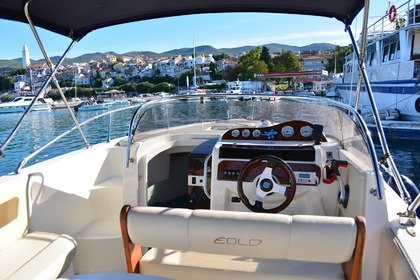 Rental Motorboat EOLO EOLO 650 DAY WHITE EDITION LEON Novi Vinodolski