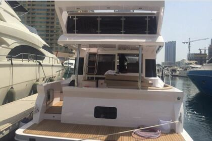 Hire Motorboat Majesty 48 Dubai