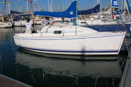 Rental Sailboat GIBERT MARINE 234 Arzon