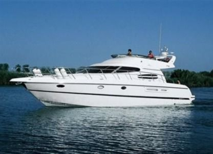 Charter Motorboat Cranchi Cranchi Atlantique 50 Bar