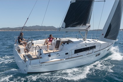 Rental Sailboat Beneteau Oceanis 38 Oakland