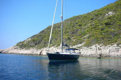 Rental Sailboat JEANNEAU SUN ODYSSEY 52.2 Saint Julian's