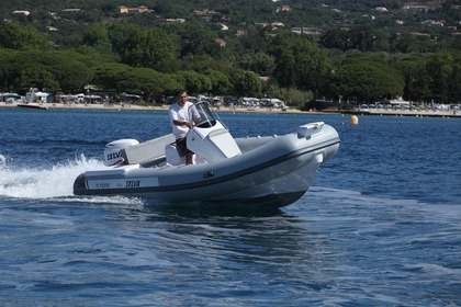 Location Semi-rigide Selva 570 Sport Grimaud
