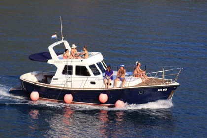 Hire Motorboat Calafuria Custom made Dubrovnik