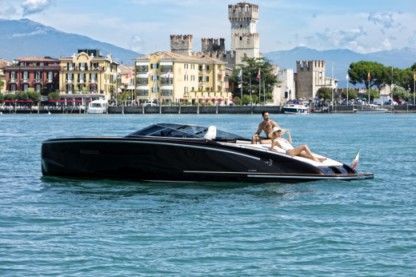 Miete Motorboot I.c. Yachts Aquilia Sirmione