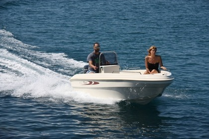 Rental Motorboat Karel 430 Open Plataria