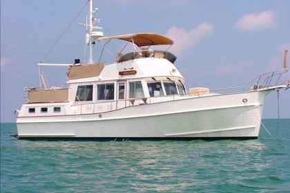 Hire Motorboat GRAND BANKS 42 Classic Galicia