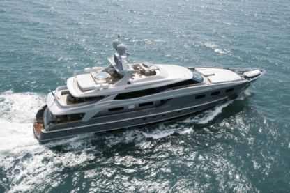 Charter Motorboat Baglietto 43 Cannes