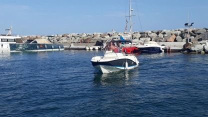 Rental Motorboat Quicksilver Activ 605 Open Sainte-Maxime