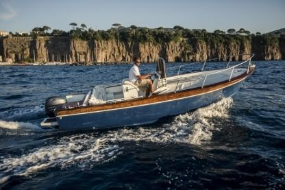 Rental Motorboat Apreamare Lancia 6 Metri Piano di Sorrento