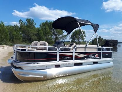 Rental Motorboat Suntracker Bass Buggy 18 Dlx Sanguinet