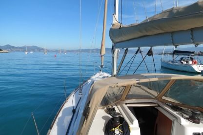 Charter Sailboat Dufour 325 Grand Large St-Laurent-du-Var