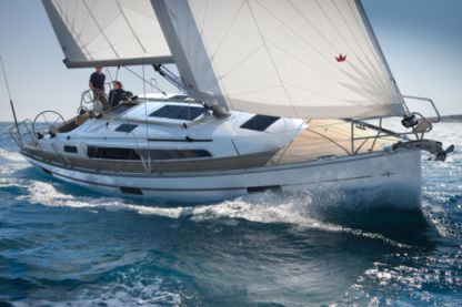 Charter Sailboat Bavaria 37 Gdynia