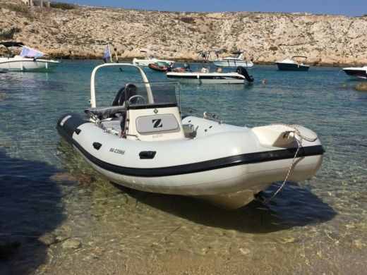 Zodiac Medline Neo in Marseille for hire