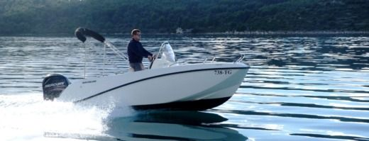 Motorboat Quicksilver 505 Activ Open for rental