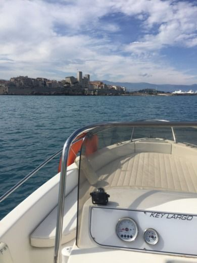 Sessa Key Largo LOCATION UNIQUEMENT AVEC CAPITAINE in Antibes peer-to-peer