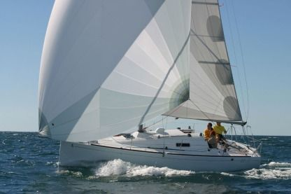 Location Voilier Beneteau First 27.7 Loctudy