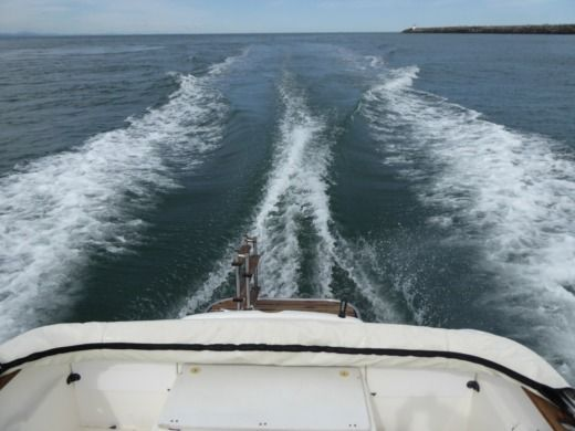 Motorboat Ocqueteau Open Olympic 600 Diesel for hire