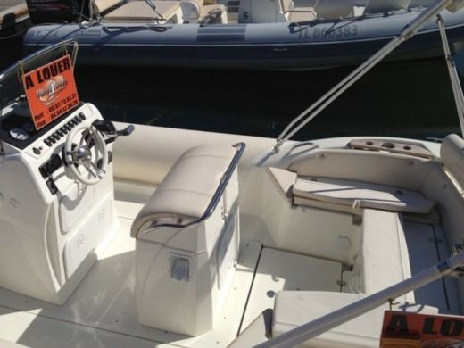 RIB NUOVA JOLLY PRINCE 23 for hire