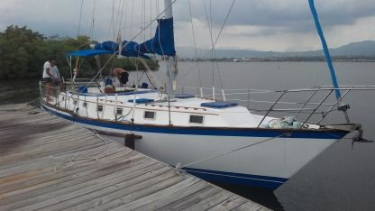 Charter Sailboat Endeavor E40 Montego Bay