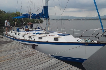 Hire Sailboat Endeavor E40 Montego Bay