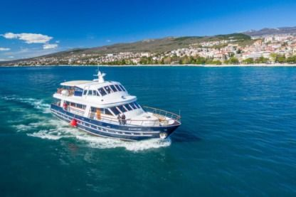 Rental Motorboat Custom Made Croatian Yacht Crikvenica