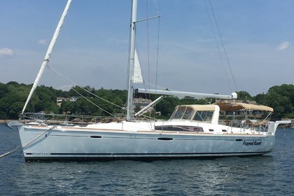 Rental Sailboat BENETEAU OCÉANIS Manchester-by-the-Sea