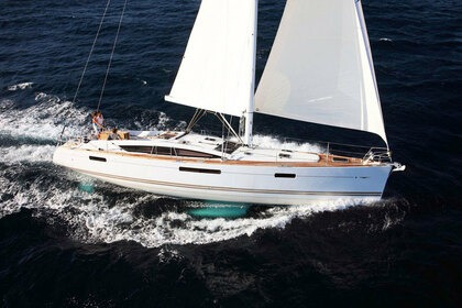 Rental Sailboat JEANNEAU 53 Athens