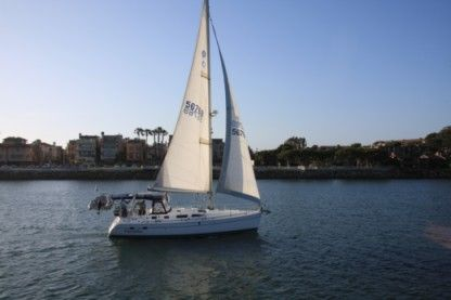 Rental Sailboat Hunter 2005 41' Hunter Marina del Rey