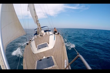 Hire Sailboat Bavaria 42 Cruiser Barcelona