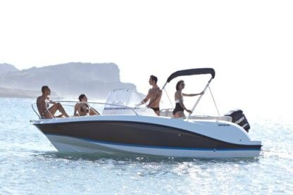 Rental Motorboat Quicksilver 605 Active Alcúdia