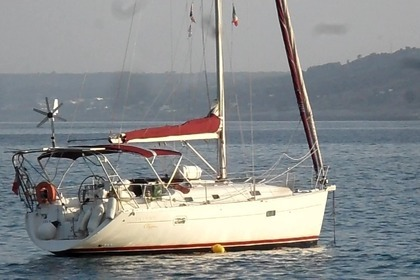 Charter Sailboat BENETEAU OCEANIS 361 CLIPPER Marseille