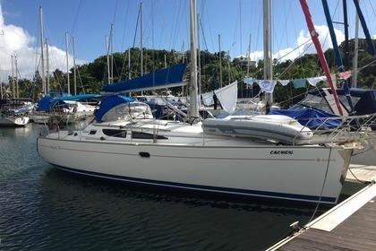 Hire Sailboat JEANNEAU sun odyssey35 Le Gosier