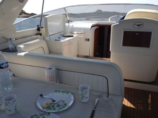 Airon 345 in Marseille for hire