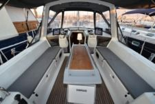 Charter Sailboat Beneteau Oceanis 41 Athens
