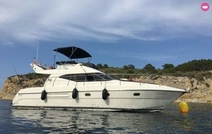 Charter Motorboat Azimut 40 Dénia