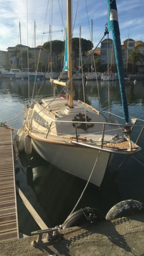 Sailboat Beneteau Baroudeur for hire
