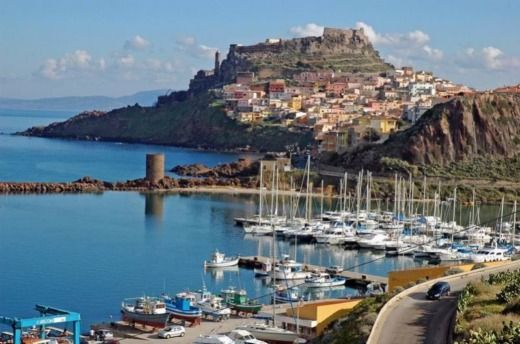 Charter motorboat in Castelsardo SS peer-to-peer