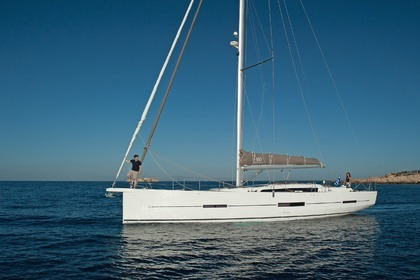 Hire Sailboat DUFOUR 382 GRAND LARGE Antibes