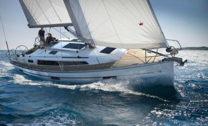 Rental Sailboat Bavaria Cruiser 45 Trogir