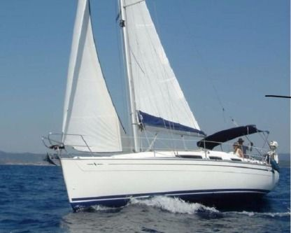 Charter Sailboat Bavaria 31 Maratea